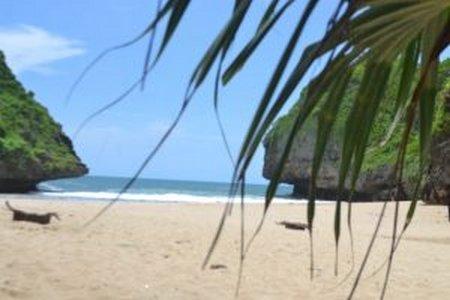 Greweng Beach Indah Mempesona