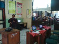 Bambang Eka Purnama Jadi Narasumber di Workshop eLearning SMKN 6 Sukoharjo