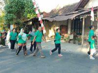 UBSI Surakarta Kolaborasi Dengan Warga Cengklik Gelar Jalan Santai dan Senam Sehat Bersama