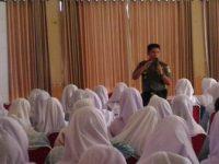 Dandim Bayu Jagat Mengajar di SMKN 3
